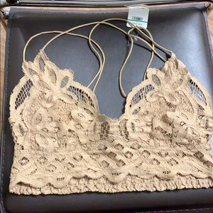 FREE PEOPLE NUDE BRALETTE NWT SIZE LARGE